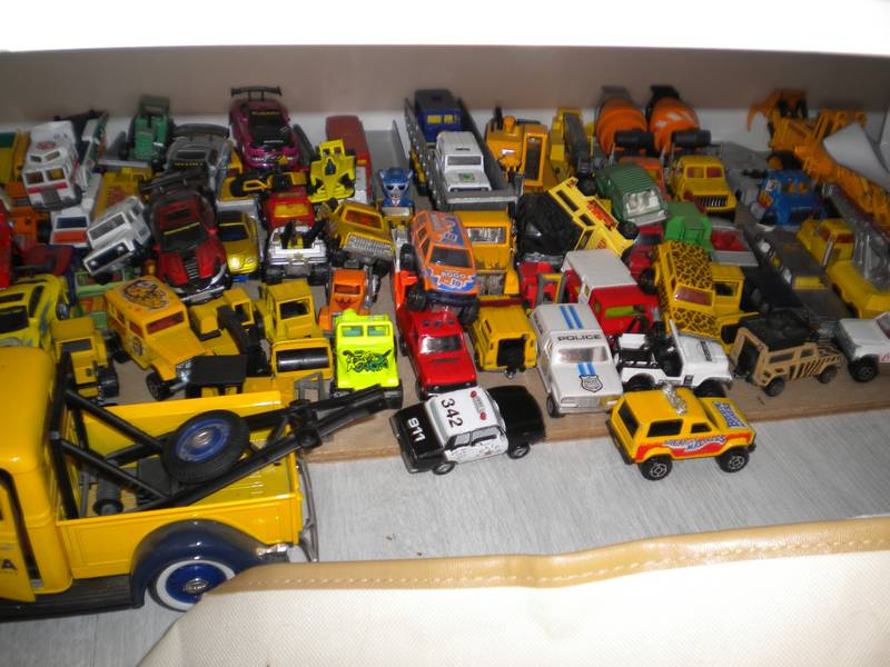 Collection 3-inches (1/64) de FDV ... Dscn4548-37b9ce7