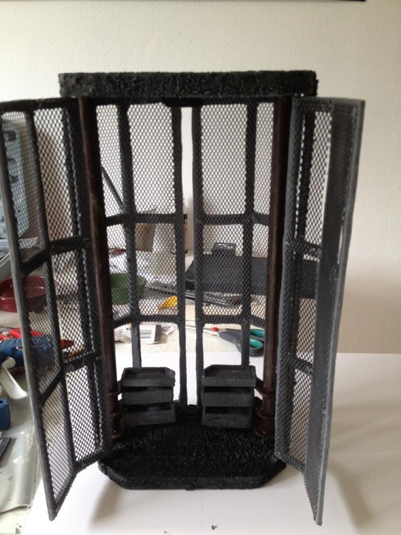 """Batcave pour hot toys batman """" Presque terminé """" Img_0285-3684459"""